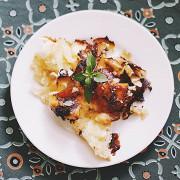 Запеченный картофель в сливках и чесноке (Gratin dauphinoise)
