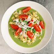 Диталини с соусом из зеленого горошка