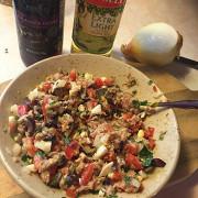 Салат с консервированным тунцом и сладким перцем