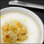Крем-суп из сельдерея с трюфельным маслом иминдалем