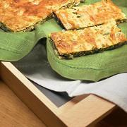 Пирог со шпинатом и зеленым луком