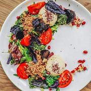 Салат с печеной свеклой и булгуром