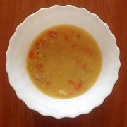 Гороховый суп с беконом и свиными ребрышками