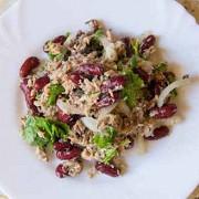 Португальский салат с тунцом