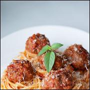 Спагетти с митболами
