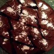 Брауни с бананом и темным шоколадом