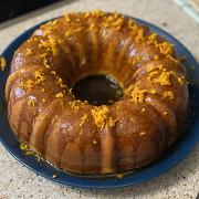 Мандариновый кекс с соусом