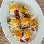 Рыба-меч по-сицилийски с салатом из фенхеля и апельсинов