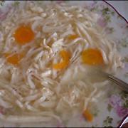 Куриный суп из бедрышек с домашней лапшой