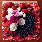 Клубничный торт (без выпечки)