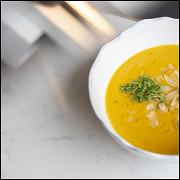 Крем-суп из тыквы с миндалем