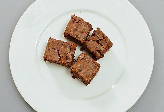 Фото приготовления рецепта: Брауни (brownie) - шаг 8