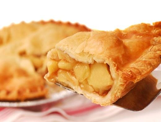 Пряный пирог с яблоками и мёдом