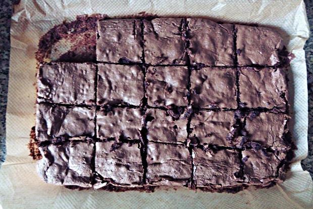 Брауни с тремя видами шоколада