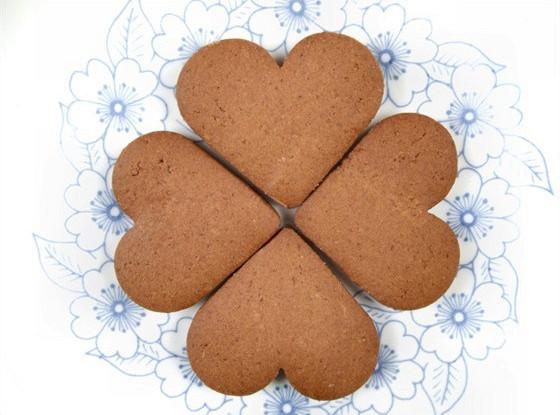 Шоколадно-марципановые сердца