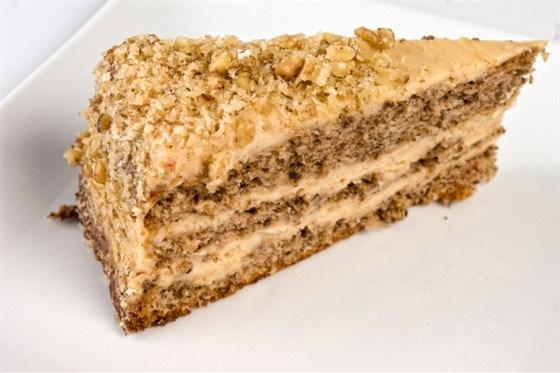 Торт с ореховым кремом