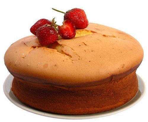 Летний ягодный пирог с полентой и миндалем