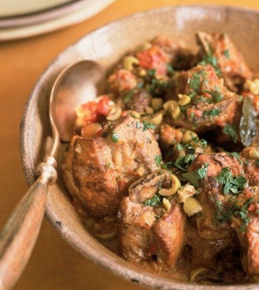 Сациви из курицы с грецкими орехами и анисом