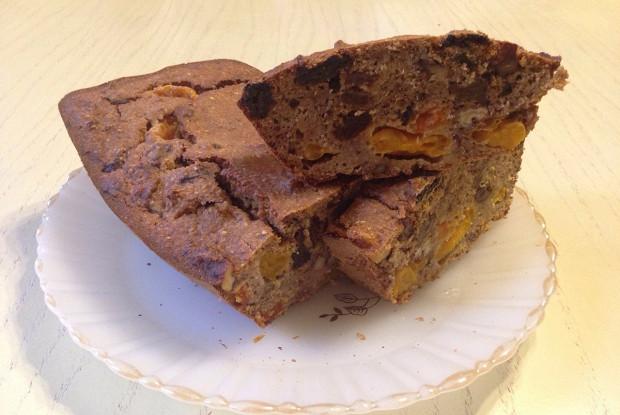 Овсяный кекс с пряностями, мандаринами и сухофруктами