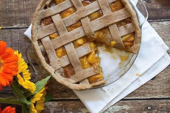 Пряный персиковый пирог
