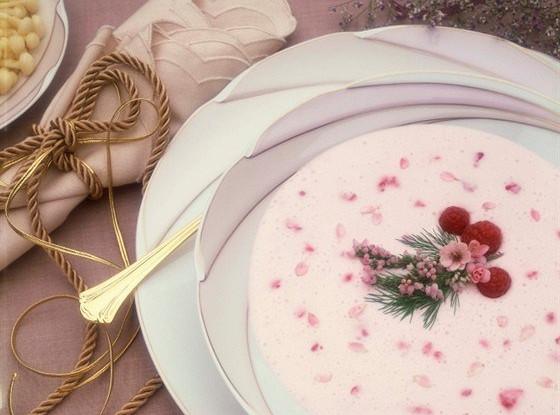 Суп малиново-смородиновый