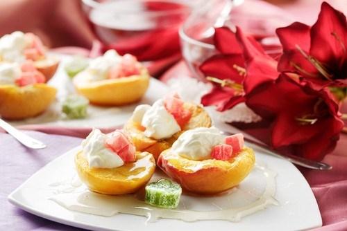 Печеные персики