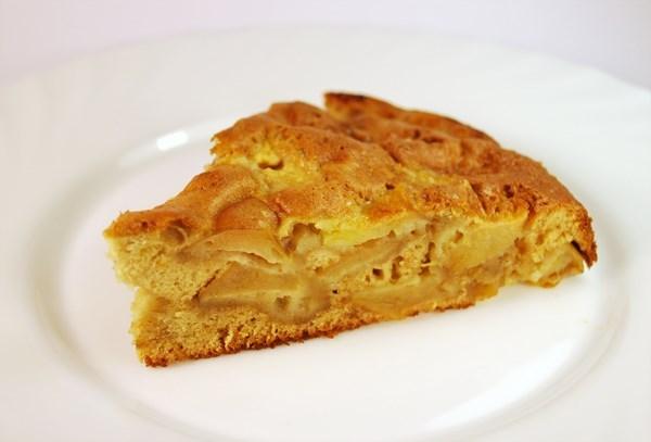 Яблочный пирог с медом и корицей