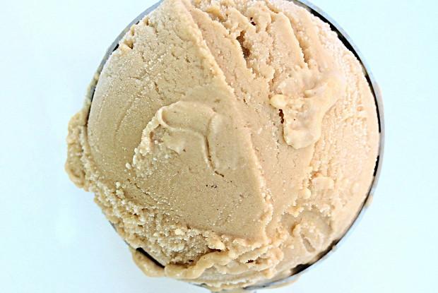 Сливочное кофейное мороженое