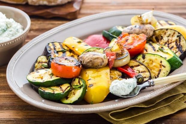 Закуска из овощей-гриль с рикоттой