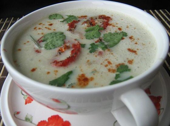 Крем-суп из баклажанов с запеченными помидорами