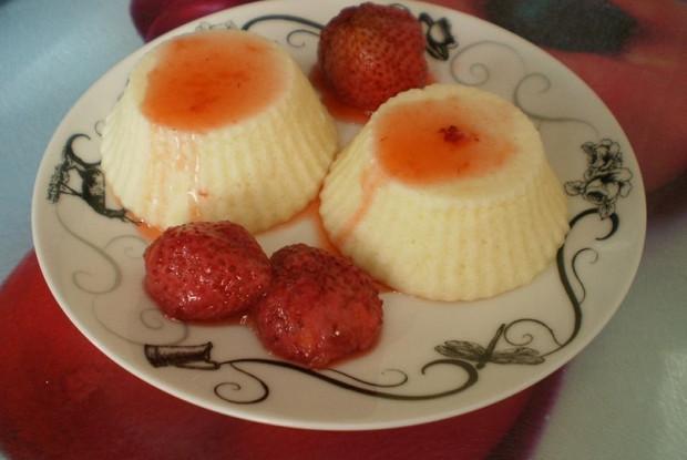Творожные маффины с ягодным сиропом