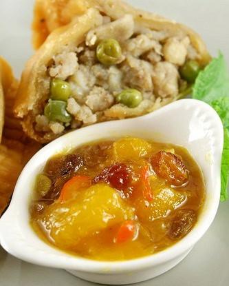 Ароматный чатни из манго и перцев чили