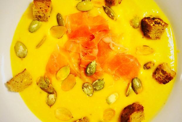 Тыквенный суп-пюре с прошутто