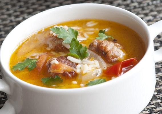 Куриный суп с рисом и сыром