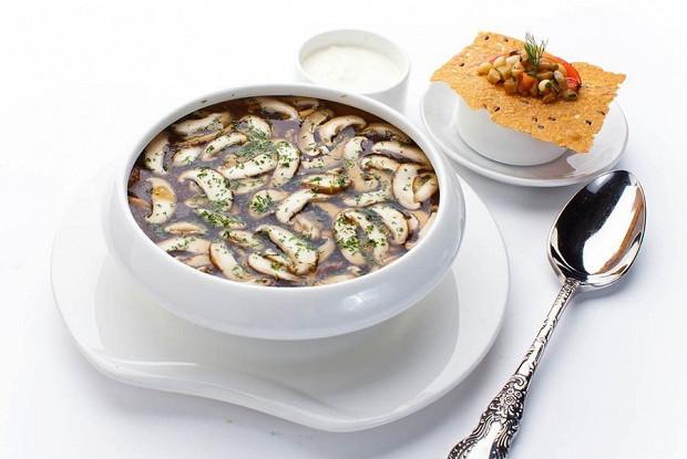 Суп из белых грибов и шитаке
