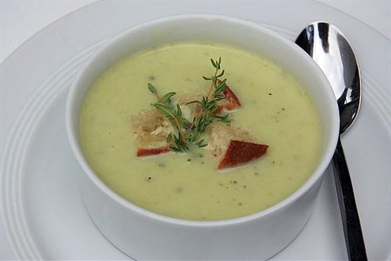 Суп-пюре из кабачков с плавленым сыром