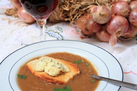 Луково-томатный суп