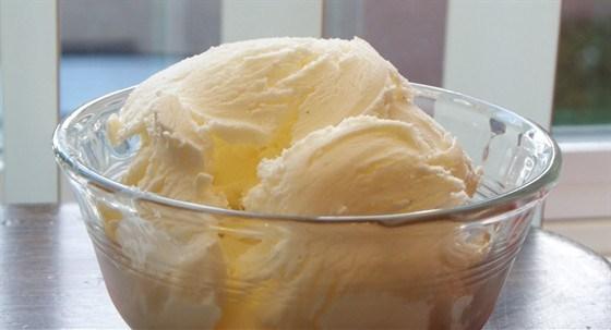 Мороженое из сыра пармезан