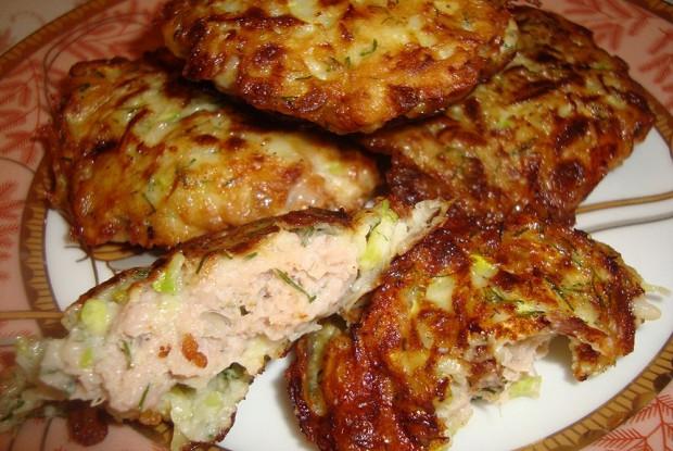 Колдуны из кабачка с куриным филе