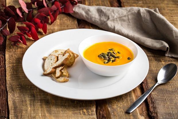 Пикантный суп-пюре из тыквы