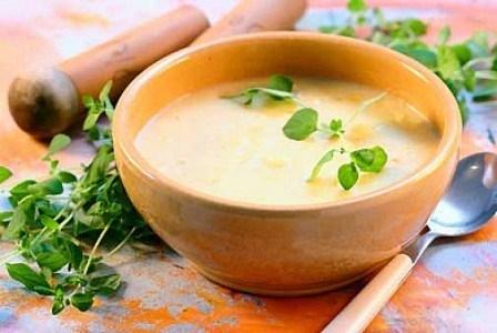 Картофельный суп с гренками