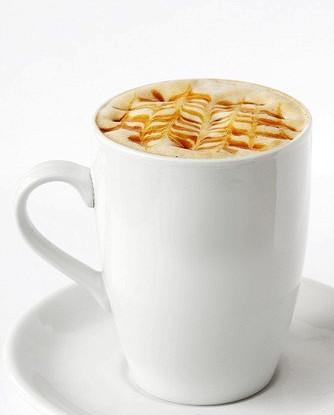 Кофе с коньяком и ликером «Амаретто»