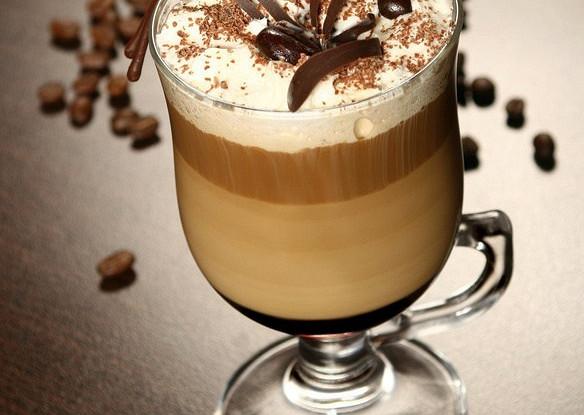Ирландский кофе с шоколадом двух видов
