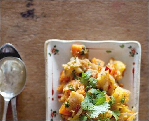 Остро-пряный картофель с морковью