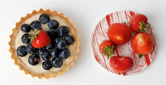 Маленькие тарты из песочного теста с творожным кремом и ягодами