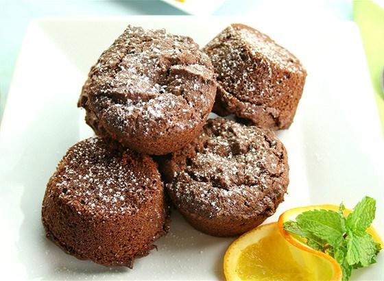 Маленькие шоколадные пирожные