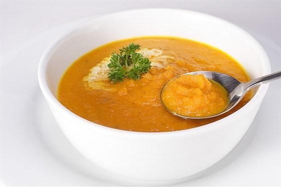 Суп из моркови и кориандра