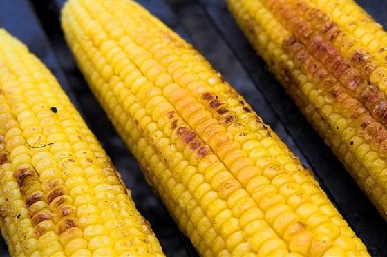 Кукуруза на барбекю