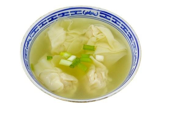 Суп из петрушки с манными клецками