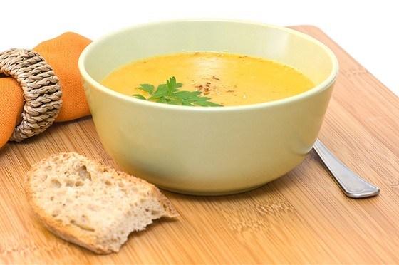 Морковный суп с тминновым маслом